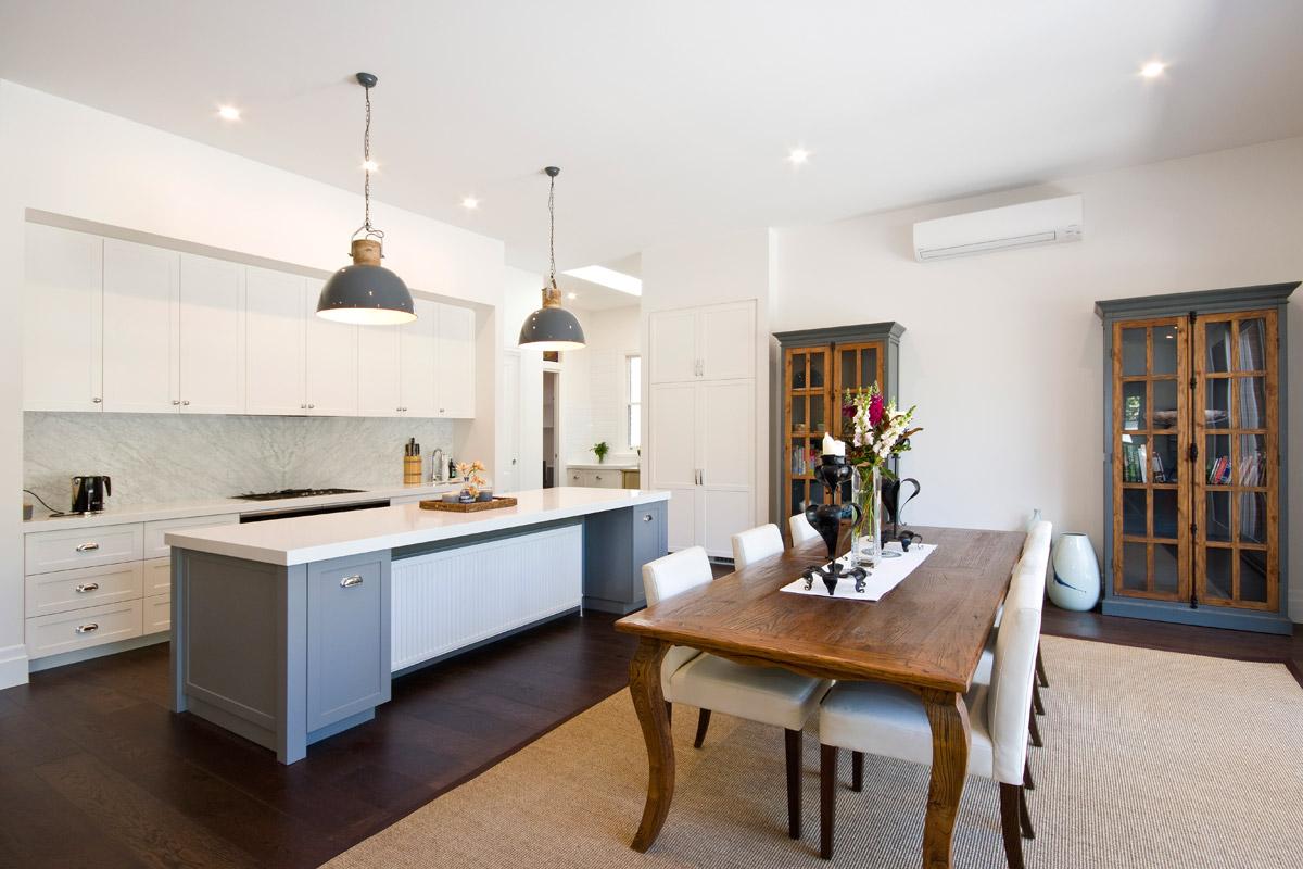 Balmoral Cres Surrey Hills